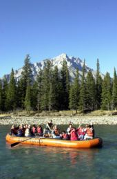 float tour - cascade mountain in the background